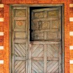 Dutch door detail