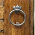 Pull ring with star escutcheon
