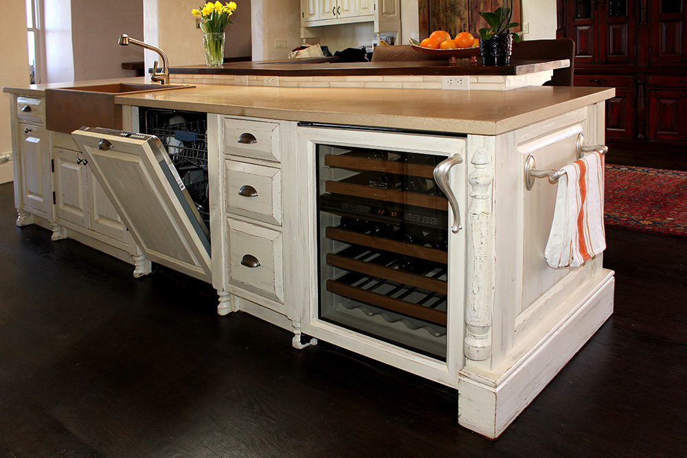 Wine cooler and dishwasher in kitchen island
