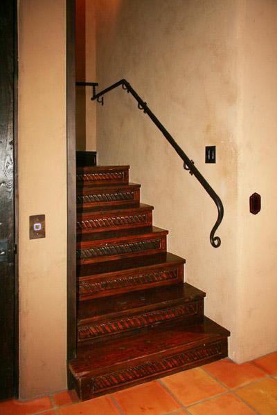 Custom Stairs Risers Amp Treads La Puerta Originals