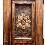 Panel detail on door with shutter