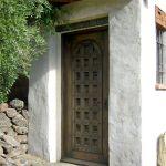 Custom chapel entry