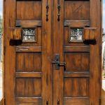 Back of double doors with double peeps