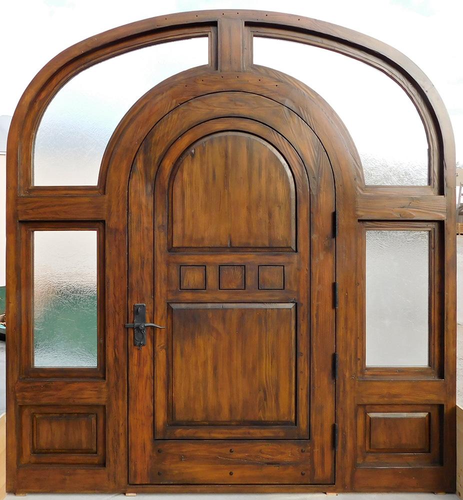 Arched door in surround la puerta originals - Doors for arched doorways ...