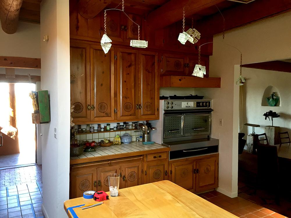 Santa Fe kitchen before remodel pic 1